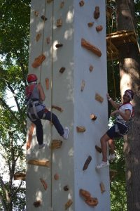 arrampicata per due al parco avventura cerwood